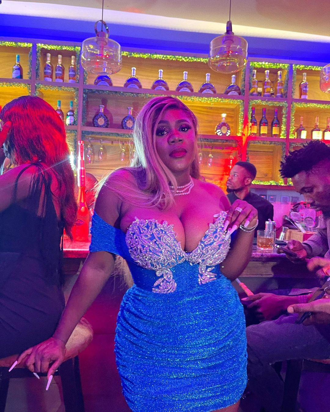 Ada Jesus rock a short blue gown in new pictures