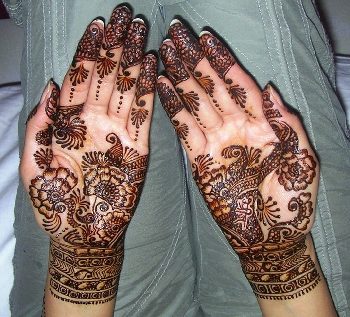 latest-mehndi-designs-for-hands-and-arms