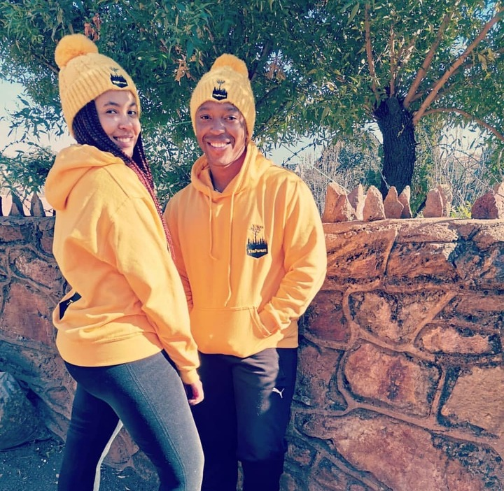 Mzansi is amazed to see Buhle(Nimza) from Skeem Saam in real life and his girlfriend - Opera News
