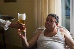 Does Drinking Beer Really Make You Fat?   HowStuffWorks