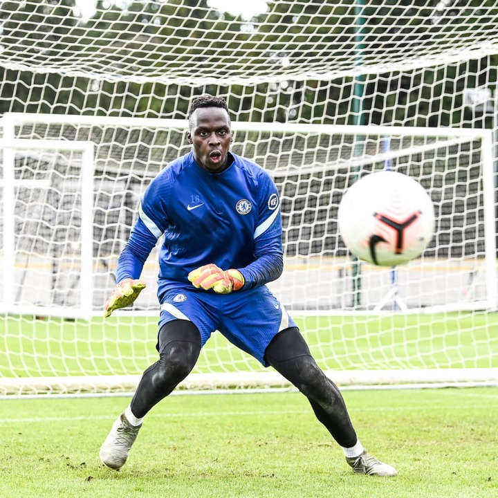He's already flying high! See These pictures of Eduoard Mendy's first  training session at Chelsea - Opera News