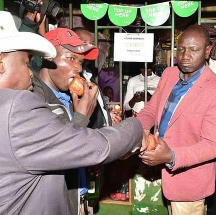 Kenyans React As William Ruto is Spotted Taking KDF and Soda, the real  hustler - Opera News