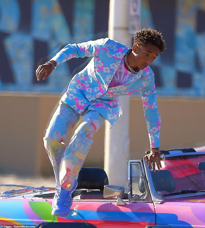 Location:Jaden's shoot appeared to be taking place in a car park of one of the local beaches
