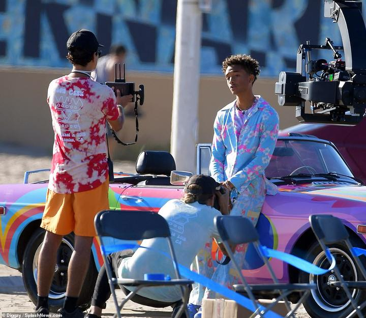 In charge:Passerbyers also noted that the 22-year-old directed the entire shoot himself and continued to tell crew members how to arrange the camera