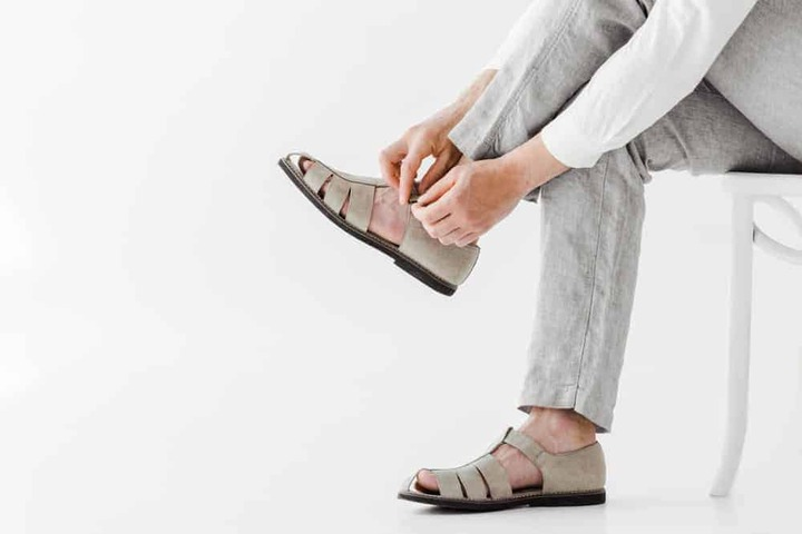 35 Different Types of Sandals for Women and Men (Epic List) - ThreadCurve