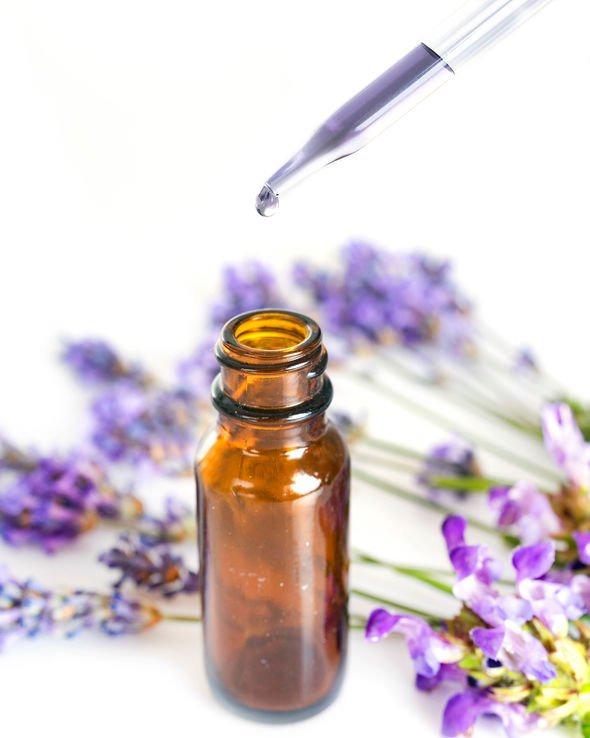 Hand sanitiser: Lavender oil