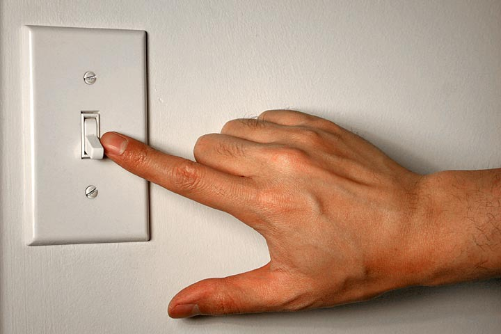 Materials Switcheroo: Construct Simple Electrical Switches - Activity -  TeachEngineering