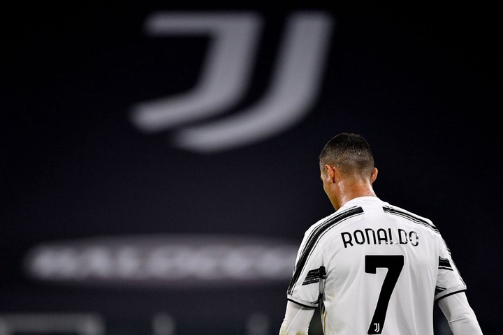 """The CR7 Timeline. on Twitter: """"Juventus lose 2-0 to Barcelona without  Cristiano Ronaldo. By far their most important player. They're nothing  without him. https://t.co/KqSCOuZnWU"""""""