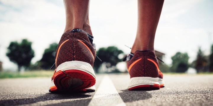 Overpronation vs Underpronation - How to Buy Proper Running Shoes
