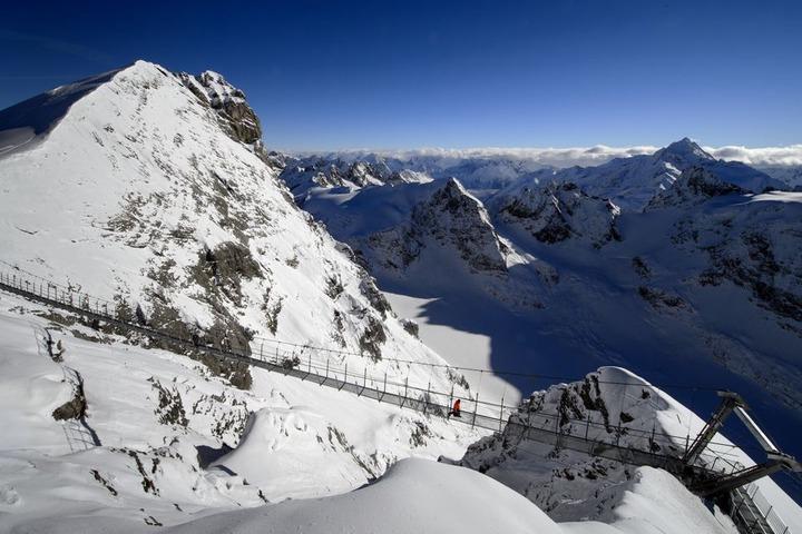 Titlis Cliff Walk: Europe's Highest Suspension Bridge Opens (PHOTOS)    HuffPost Life