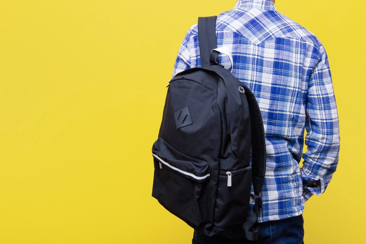 What is the Best Way to Wear a Backpack? | Transform Chiropractic