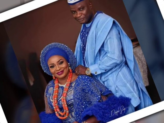 Best couple dress styles ever..(for your introduction & traditional marriage  also you will love it) - YouTube