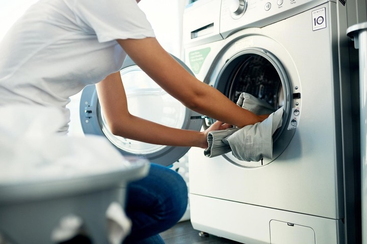 Why Do My Clothes Smell After Washing Them? | CroppMetcalfe