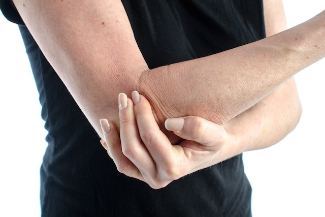 5 causes of right arm pain and what to do