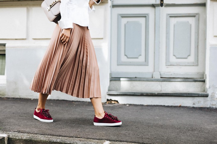 Outfit: Favorites For Fall   Pleated Skirt & Sneakers   You Rock My Life -  You Rock My Life