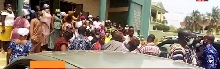 Ga Traditional Council storms Pentecost Church during Sunday service to seize instruments. 51