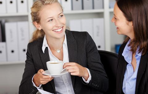 5 Tips for Managing Your Relationships With Work Friends | Robert Half