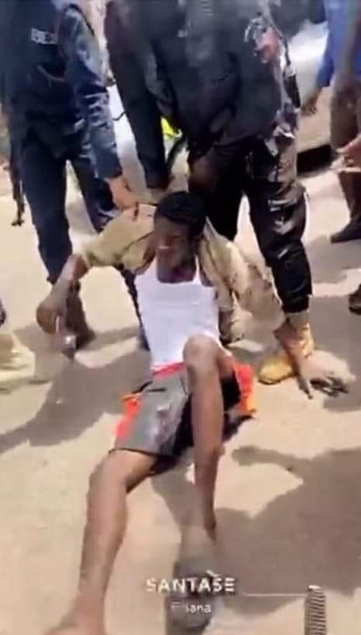 72284d95764739dccb90d4b701d0e007?quality=uhq&format=jpeg&resize=720 - All Hail Ghana Police As They've Been Able To Arrest The Armed Robbers Who Attacked & Shot Traders In Alaba, Kumasi