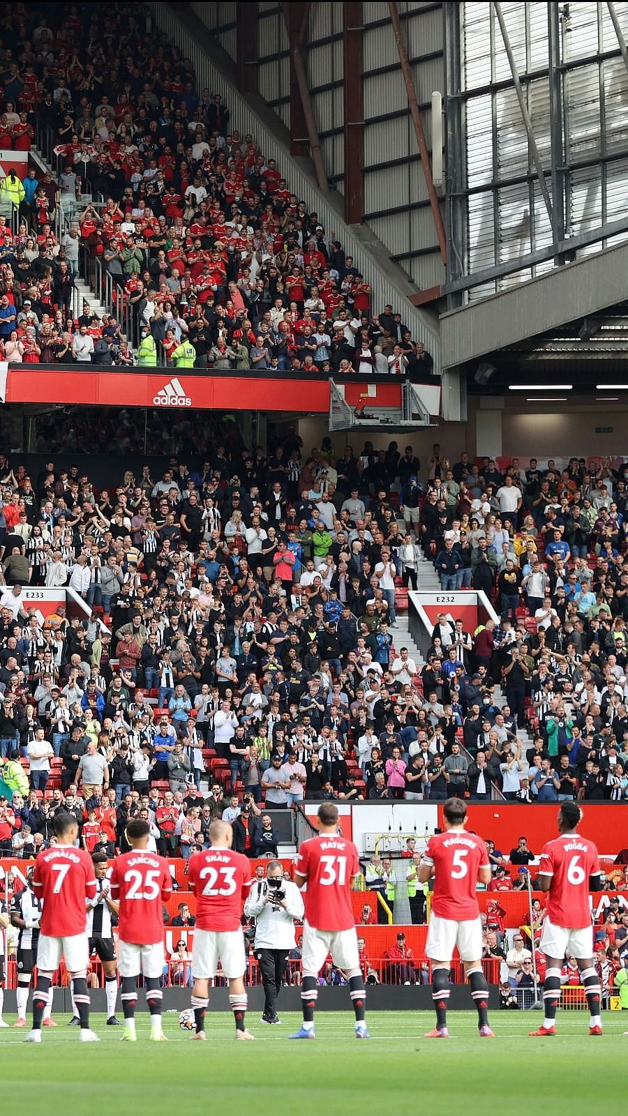 Manchester United v Newcastle United - <a class=