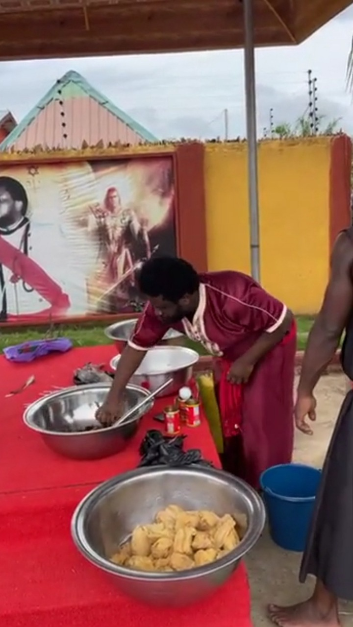 Prophet Ajagurajah causes stir again with Father's Day kenkey party. 53