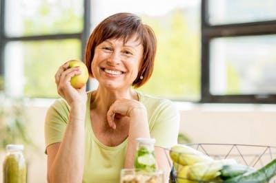La dieta MIND es un híbrido de las dietas DASH y mediterránea.