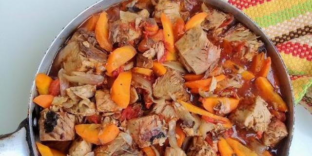 Tuna cabbage stew