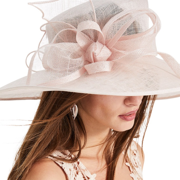 The 12 Golden Rules of Wedding hat Etiquette you Need to Know