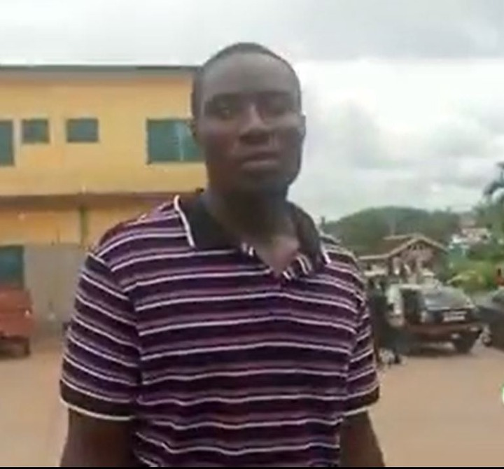 Another police officer beaten to pulp at Assin Akomfodi. 51