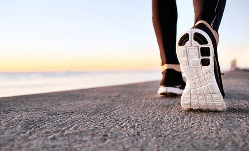 The Benefits of Power Walking for Mental Health - Exploring your mind