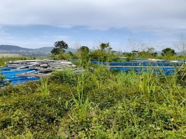 Kumawu District Hospital left to rot