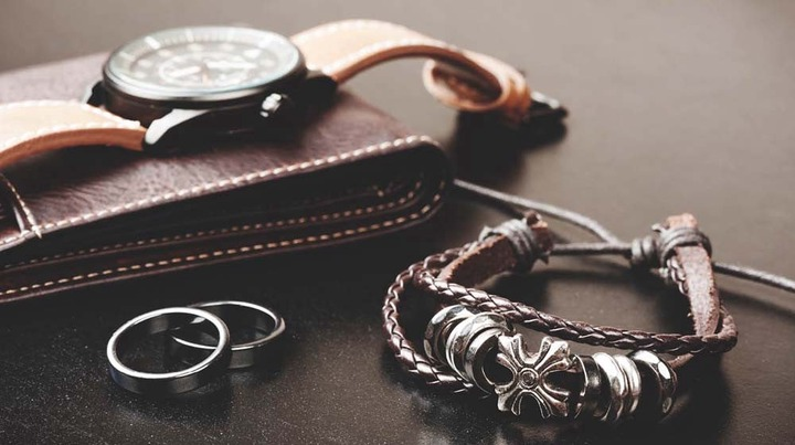 Tips To Choose Fashion Accessories For Men - ZOBUZ