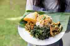 20 Nasi Padang Rp 20 Ribuan Ada di Sini