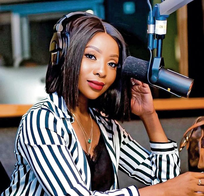 Pearl Modiadie to sue Metro FM for not acting on <mark class=