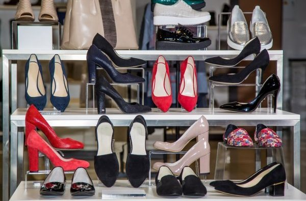 5 Shoes Every Woman Must Own in her Closet - RangeInn