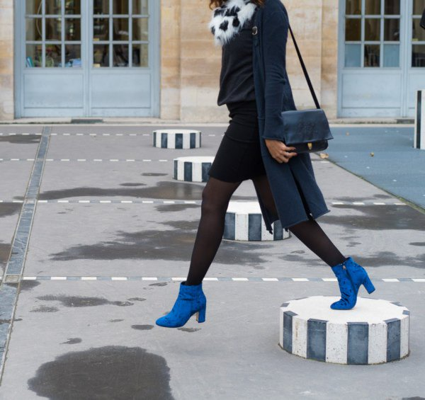 13 Best Tips on How to Wear Blue Boots for Women - FMag.com