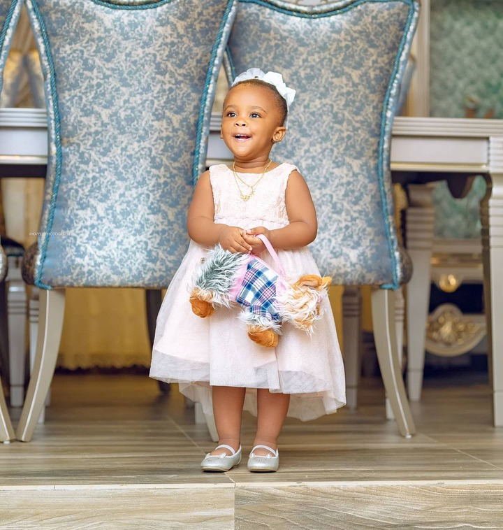 Baby maxin shares adorable moments with her father in new photos. 2