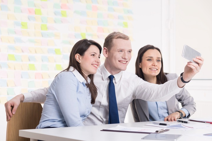 Four Reasons Why Workplace Friends are Important