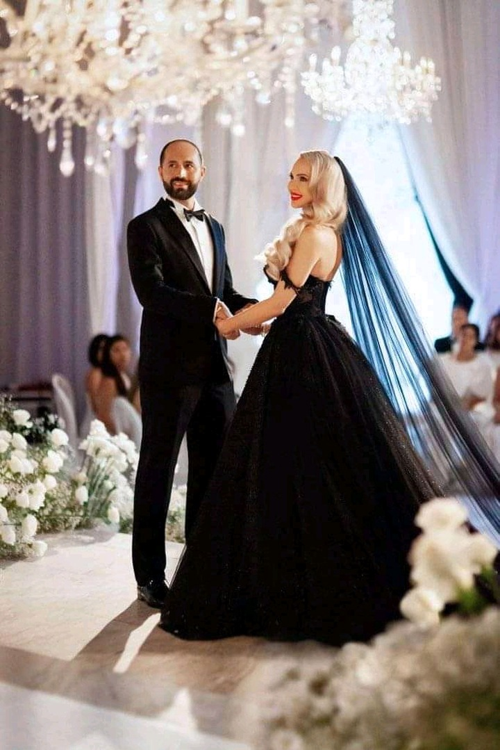 Ladies Can You Wear A Black Wedding Gown To Your Wedding Check Out Reactions On Facebook Opera News