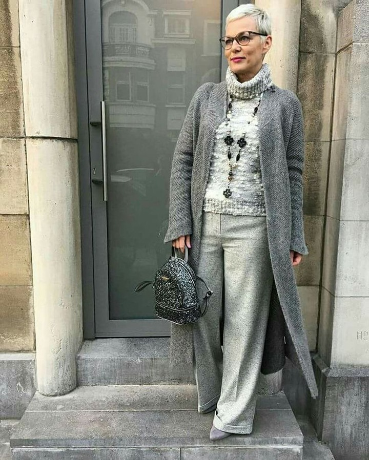 Advanced Style - 26 Stylish Seniors Who Don't Wear Old-People Clothes |  Older women fashion, Over 60 fashion, 60 fashion