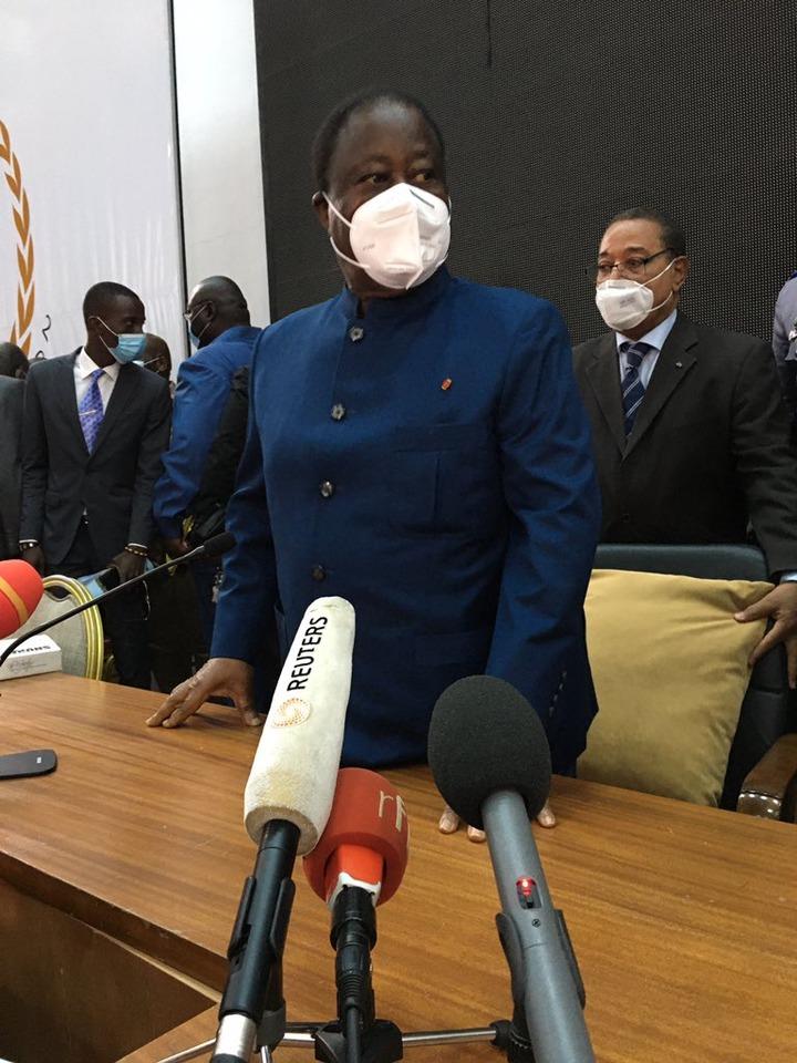 """L'opposition ivoirienne par la voix du président Henri Konan Bédié appelle  à la """"désobéissance civile"""" - Opera News"""