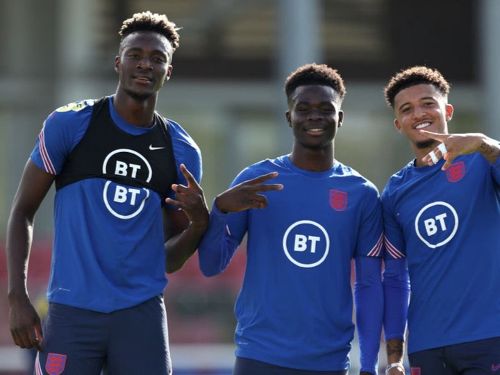 Bukayo Saka hails Tammy Abraham after striker caps England return with goal  | The Independent