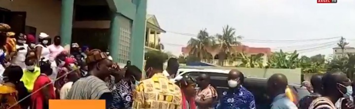 Ga Traditional Council storms Pentecost Church during Sunday service to seize instruments. 52