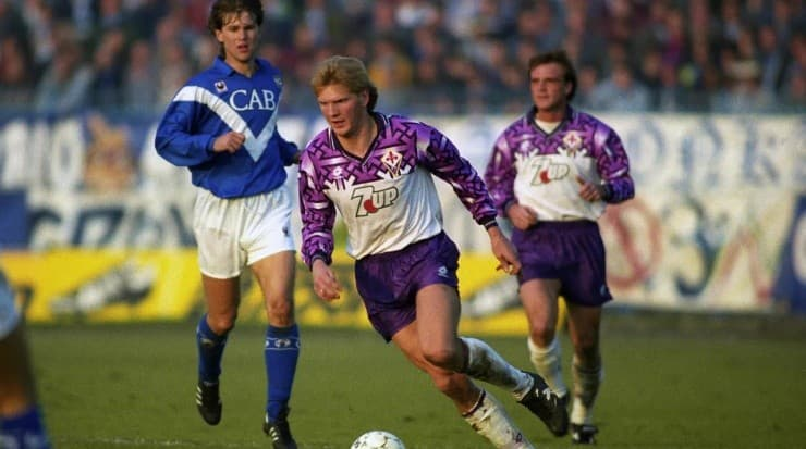 In the early 90s, the Florence team wore a shirt that was as striking as it was controversial.  Source: Getty Images