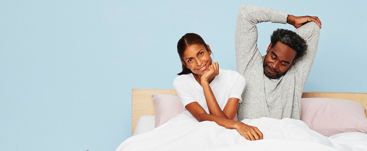 8 Benefits of Sleeping Naked: Do You Sleep With Clothes? | Casper Blog