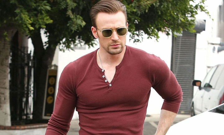 How To Dress Well When You've Got HUGE Muscles