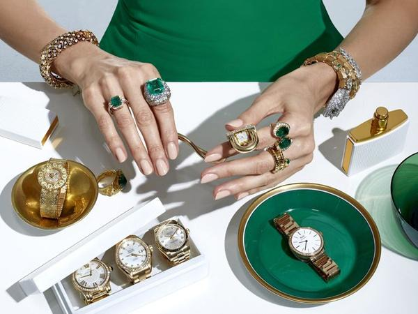 How to Pair Your Watch with the Right Jewelry | WatchShopping.com