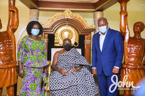 Photos from the Manhyia Palace when Professor Jane Naana was introduced to  the Asantehene - Opera News