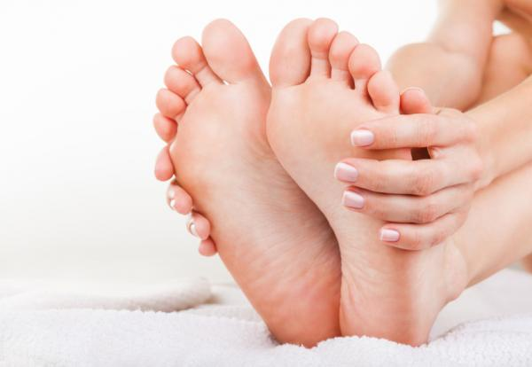 Beauty tips with aspirin - Eliminate the calluses of the feet with aspirin