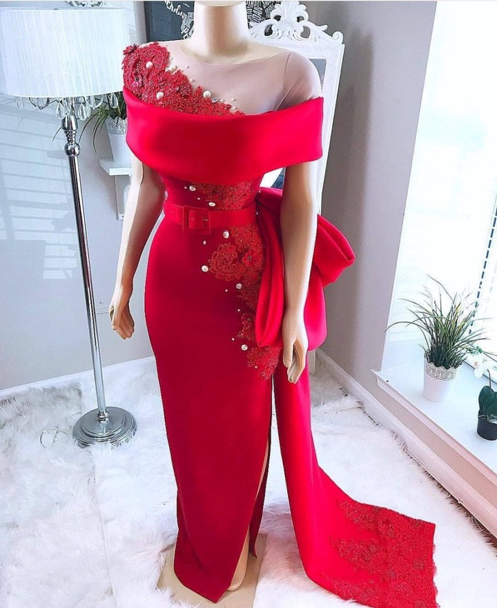 BEAUTIFUL SIMPLE DINNER GOWNS STYLES FOR LADIES - Reny styles
