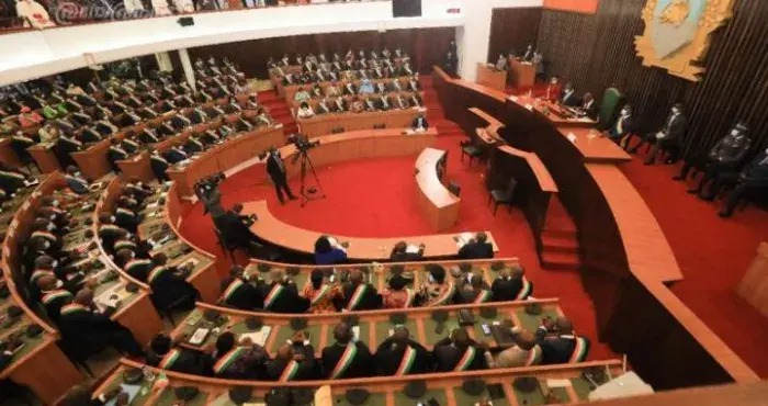 cote-d-ivoire-fraudes-sur-les-exonerations-douanieres-des-parlementaires-s-engagent-pour-des-poursuites-judiciaires